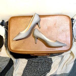 Nine West :: Grey Print Pointed Kitten Heel
